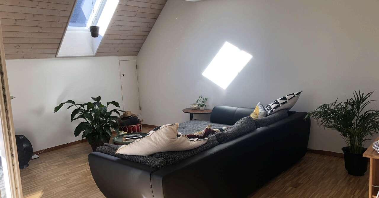 Wg Zimmer In Glattbrugg Helles Zimmer In Schöner Maisonettw Wohnung